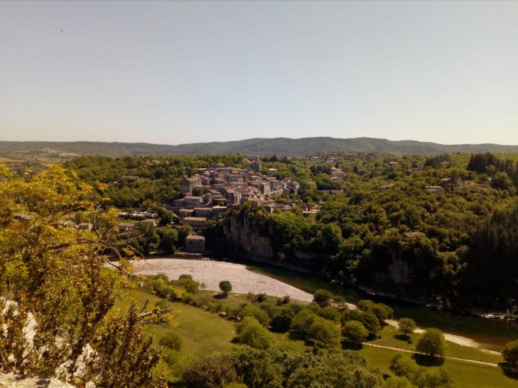 randonnée à Balazuc en Ardèche