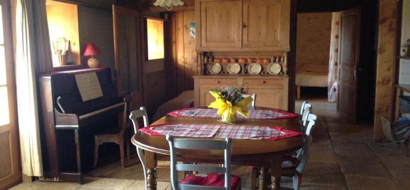 Hébergement cuisine Randonnée en raquettes dans le Jura