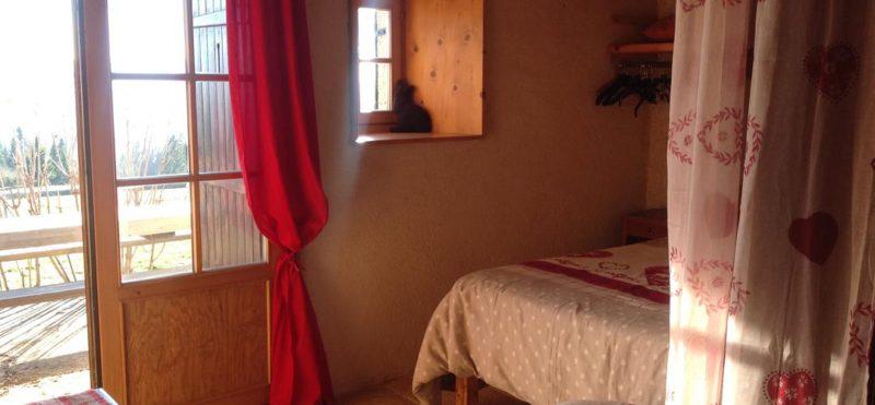Hébergement chambre Randonnée en raquettes dans le Jura
